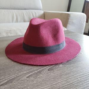 🎀 FREE WITH BUNDLE - Burgundy Felt Hat